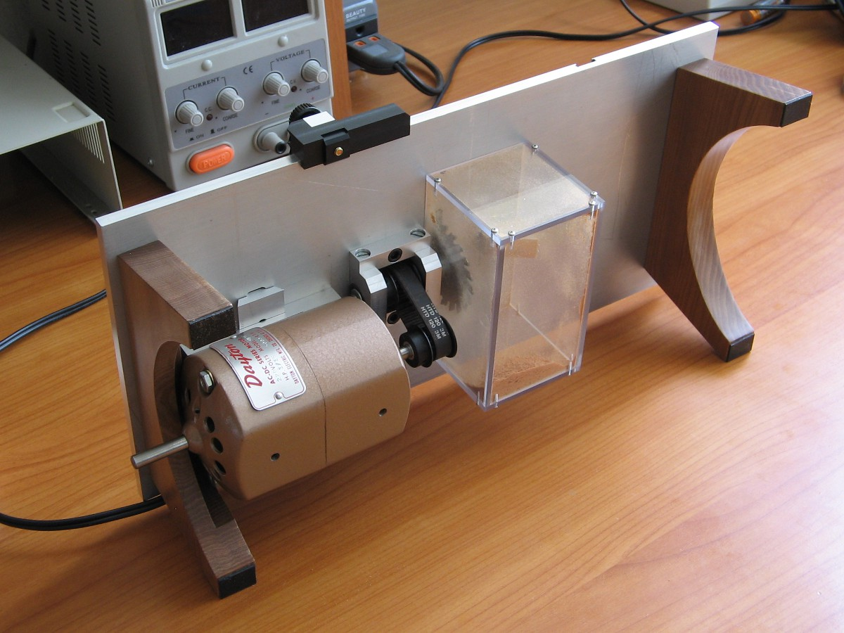 Micro table saw – Automatic Artisan